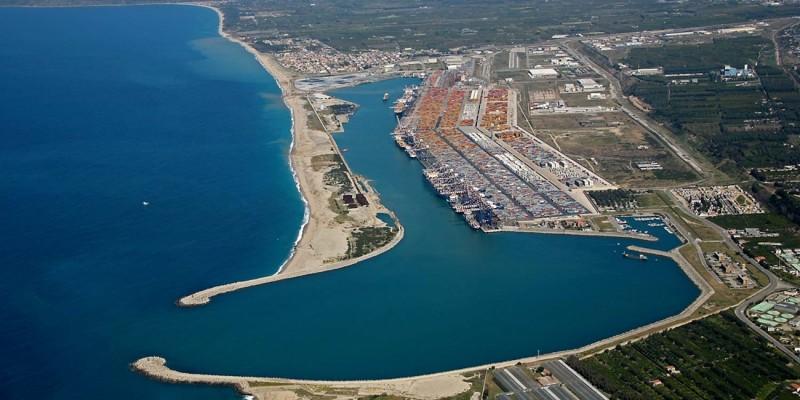https://www.calabriaimpresa.eu/images/smart_thumbs/Porto-di-Gioia-Tauro_thumb_other400_200.jpg